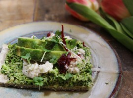 Broccoli Pesto Pizza with Macadamia Cauliflower Ricottq