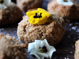 banana-almond-coconut-cookies/