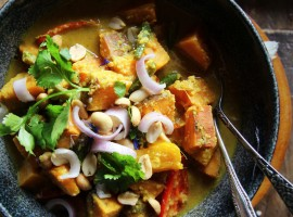 Sweet Potato Massaman Curry (Vegan)