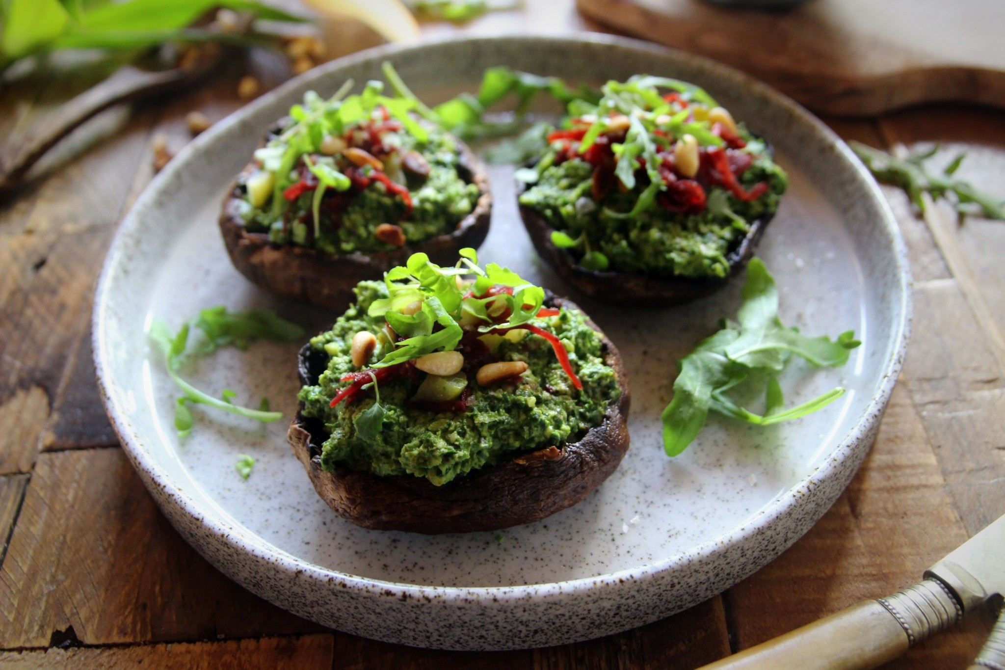 Grilled Mushrooms with Spinach & Kale Pesto